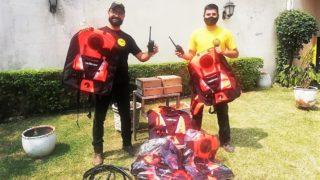 Equipo para bomberos forestales combatiendo el fuego en Chiquitos